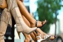 นั่งไขว่ห้าง-พับเพียบนาน-กระเตงของที่เอว เสี่ยงขาโก่ง