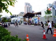 โต้คลื่นใจกลางกรุงที่ โฟลว์ เฮาส์ แบงค์ค็อก (Flow House Bangkok)