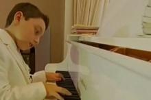เด็กวัย 9 ขวบออกอัลบั้มเพลงบรรเลงเปียโน