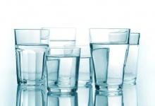 ทำไมเราถึงควรดื่มน้ำมาก ๆ ทุกวัน