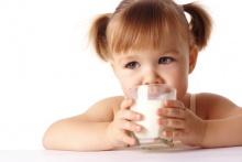 ดื่มนม ช่วยดับกลิ่นปากจากกระเทียมได้ดี