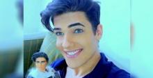 หนุ่มคลั่งตุ๊กตา จ่ายกว่า 1.6 ล้านบาทแปลงโฉมเป็น Ken Doll