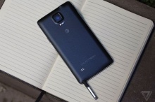 รีวิว Samsung Galaxy Note 4 โดยเดวิด เพียร์ซ