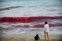 ชาวจีนแตกตื่น! กับปรากฏการณ์ประหลาดทะเลสีแดง
