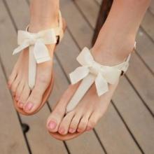 5 เหตุผลที่ไม่ควรใส่รองเท้าแตะแบบหูหนีบ!!!