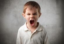 สังคมป่วยๆ! เมื่อฉันโดนแม่เด็กด่าว่า ไร้มารยาท เนื่องจากไม่ยอมให้ลูกเขาแซงคิว