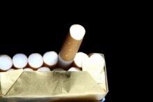 สูบบุหรี่ครั้งแรก จำไปตลอดทั้งชีวิต! ฝากข้อคิดไว้ให้กับวัยรุ่นที่อยากลอง มองดูรอบตัวคุณก่อนจะหยิบ