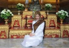 น่ารักเวอร์!!! ดีเจโซดา โชว์ใส่ชุดไทยขาวบริสุทธิ์ เข้าวัด!!