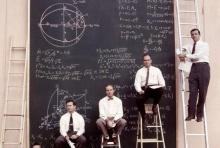 บรรยากาศ NASA ในปี 1961 สมัยยังไม่มีคอมพิวเตอร์ใช้คำนวณ พวกเขาทำงานยังไง!!