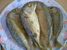 ปลาทูทอดแป้ง