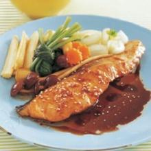 ปลาแซลมอนโชยุซอส