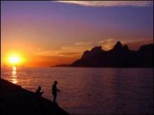 ทำไมพระอาทิตย์ดูดวงใหญ่ในตอนเช้า และเย็น?