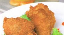 น่องไก่ทอดพร้อมน้ำจิ้ม 2 แบบ