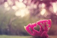 คาถาเกี่ยวกับความรัก