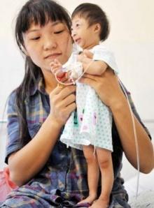 หนูน้อยชาวจีน 3ขวบ ตัวเล็กที่สุดในโลก สูงเพียง 54 ซม.