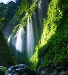น้ำตกมาดาคารีปูรา ราชินีสายน้ำแห่งชวาตะวันออก