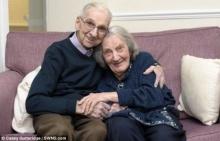 ซึ้ง...คุณตาวัย 91 หวังฟื้นความจำคุณยายที่เป็นอัลไซเมอร์