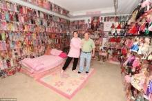 ปิดตัวบาร์บี้ แมนบุรุษสุดคลั่งตุ๊กตาบาร์บี้ สะสมกว่า 2,000 พัน
