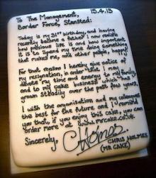 หนุ่มอังกฤษหัวใส ใช้เค้กแทนใบลาออก เผยต้องการทำตามความฝัน