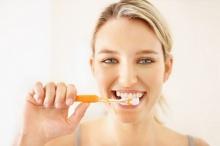 แปรงฟันไม่ถูกวิธีเสี่ยงมะเร็ง