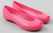 ใส่รองเท้าแตะพลาสติก เสี่ยง! เป็นโรคมะเร็ง