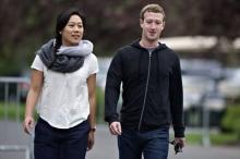 มาร์ค ซัคเคอร์เบิร์ก - เมีย ได้ชื่อว่าเป็นผู้บริจาคเงินมากที่สุดในสหรัฐอเมริกาปี 2556