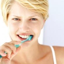 ทำไมแปลงฟันตอนเช้าถึงมีอาการคลื่นไส้