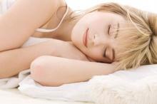 อาหารทุกมื้อมีผลต่อการนอนหลับ