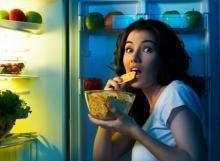 หิวตอนดึกๆ กินอะไรดีถึงไม่อ้วน