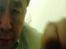 ตะลึง! หมอโรคจิตซ่อนกล้องแอบถ่ายในห้องน้ำ คนตกเป็นเหยื่อนับพัน