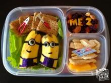 ข้าวกล่องอาหารกลางวันของลูกสาวตัวน้อย