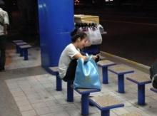 (อยากให้คนขับรถได้อ่าน)เมื่อเจอสาวนั่งรถเมล์ตอนดึก แต่กลับถูกรถเมล์ทำแบบนี้