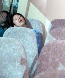 ทำไมชอบหลับบนรถเมล์!!!