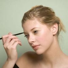 (Beauty Tips) : ไขประตูสู่คิ้วสวยเส้นต่อเส้น