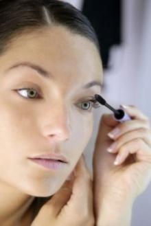 (Beauty Tips) 10 วิธี ปัดขนตางอนสวย