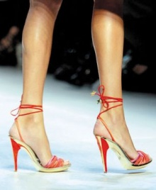 วิธีบริหารเท้า จากส้นสูง