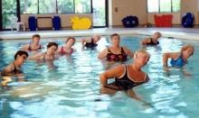 หลบร้อนออกกำลังกายในน้ำ