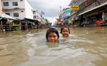 ภาพน้ำท่วมไทยปี 54 จากสื่อนอกสู่สายตาคนทั่วโลก [1]
