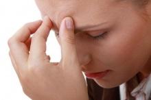 9 วิธีหยุดอาการปวดศีรษะในวันทำงาน