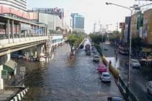 น้ำท่วมถึงห้าแยกลาดพร้าว