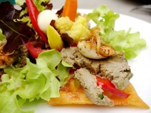 เปรียบเทียบระหว่างอาหารเนื้อสัตว์กับอาหารมังสวิรัติ