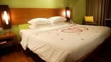 ฮวงจุ้ยห้องนอนเสริมรัก