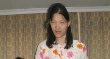 หญิงสูงที่สุดในโลกชาวจีนเสียชีวิตแล้ว