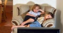 ผลวิจัยชี้เด็กดูทีวีมากเกินไปส่อเค้าแสดงพฤติกรรมรุนแรง