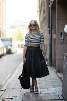เทรนด์แฟชั่น กระโปรง midi skirt