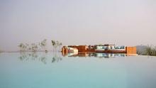 เช็คอิน 9 สุดยอดที่พักวิวสวยฤดูฝน