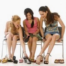 วิธีเลือกรองเท้าไม่ให้เกิดปัญหา และเหมาะสมกับสุขภาพเท้า