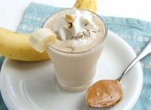 สมูทตี้กล้วยหอมเนยถั่ว ทำง่ายๆ ได้พลังงาน