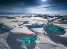 เมื่อทะเลสาบกลายเป็นน้ำแข็ง ความงามสุดตระการตาก็เกิดขึ้น!