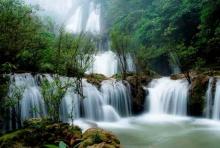 ความฝันในม่านน้ำตก…มนต์สะกดจากธรรมชาติ ณ น้ำตกทีลอซู